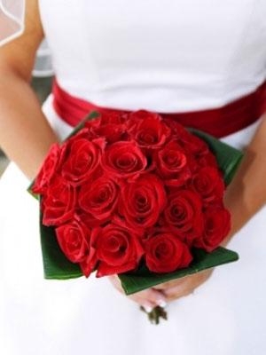 crveni-buketi-za-vjencanje-7