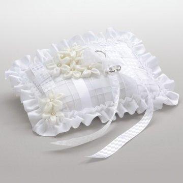 jastucici_za_prstenje_na_vjencanju_5