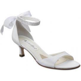 2-cipele-na-vjencanju-za-trudnice