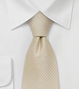 boje-kravate-za-mladozenju-za-ljeto-2009-e28093-bez-svijetlo-krem-i-boja-sampanjca-3