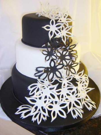 Crno bijele svadbene torte