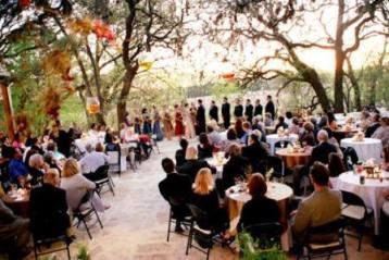 Kako odlučiti gdje napraviti vjenčanje