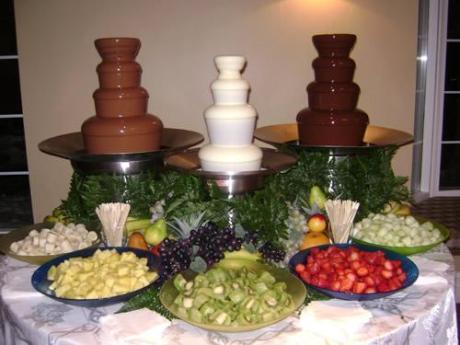 dekoriranje stola s kolačima-4