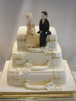 figure na vrhu svadbene torte-1