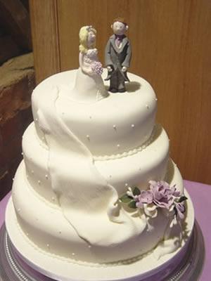 figure na vrhu svadbene torte-3
