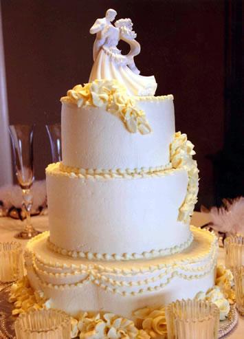 figure na vrhu svadbene torte-5